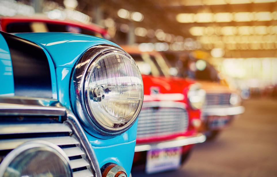 Bollo, revisione, assicurazione. Come gestire un'auto storica.
